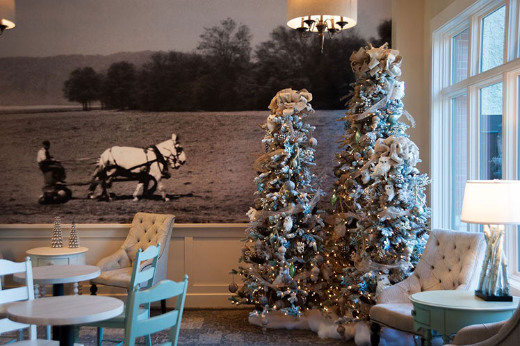 Biltmore Village Hotel decorated for Christmas