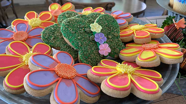 Dollywood flower and butterfly shaped cookies