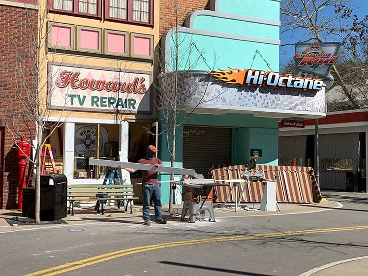 Dollywood staff making building improvements